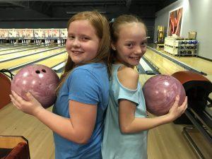 girls-bowling